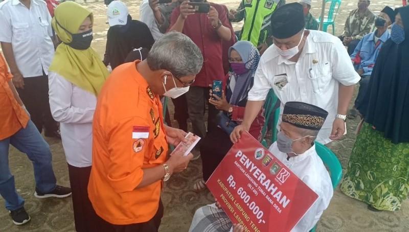 Puluhan Ribu KPM di Lamteng Terima BLT Dana Desa