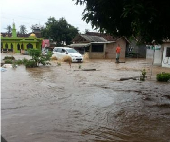 Puluhan Rumah di Way Lima Terendam Banjir