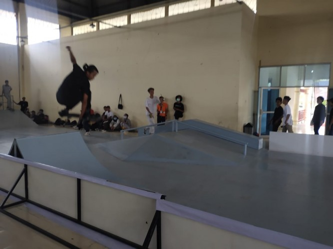 Puluhan Skateboarder Adu Kemampuan di Pemprov Lampung Skateboard Competition