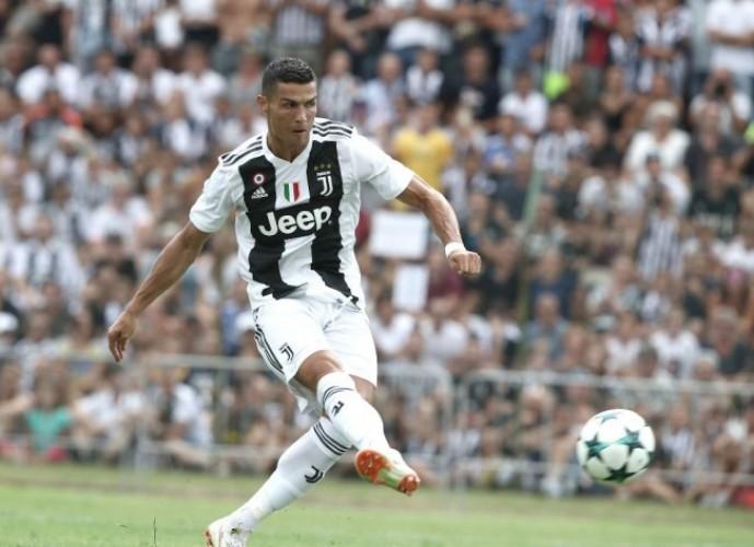 Punya Ronaldo, Allegri Minta Juventus Membumi