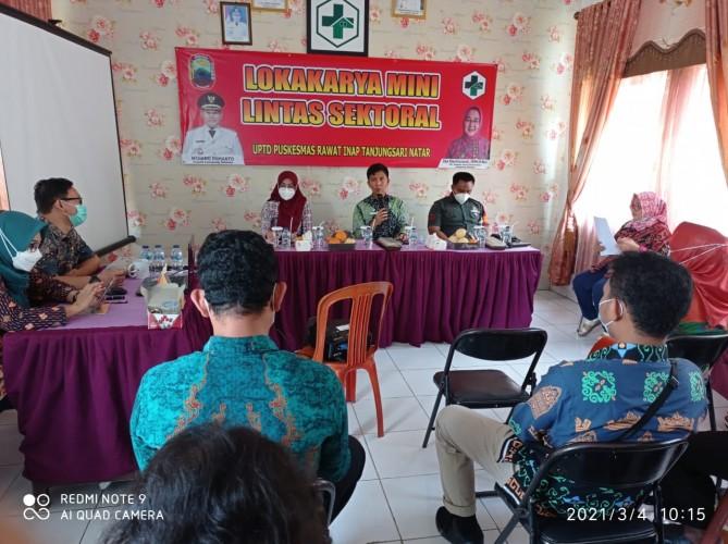 Puskesmas Tanjungsari Sosialisasi Vaksin Covid-19