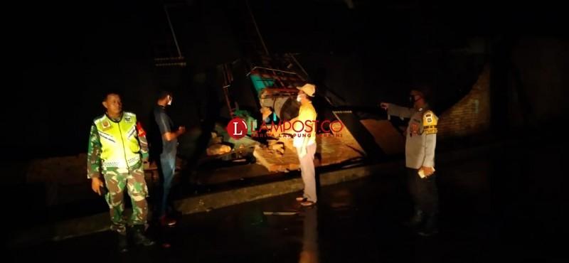 Puting Beliung Terjang Puluhan Rumah di Pesawaran
