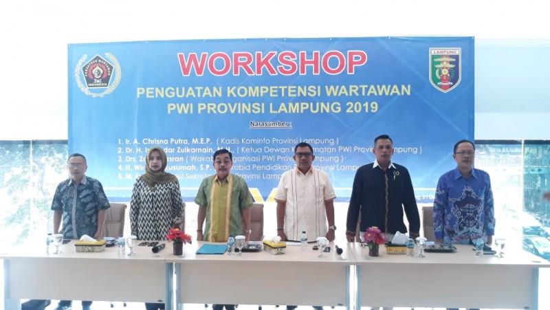 PWI Lampung Workshop Penguatan Kompetensi Wartawan