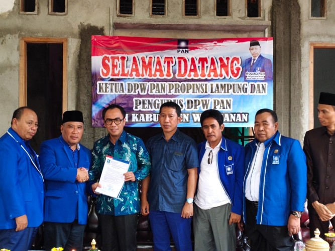 Raden Adipati Kantongi Rekom PAN Maju Pilkada Way Kanan