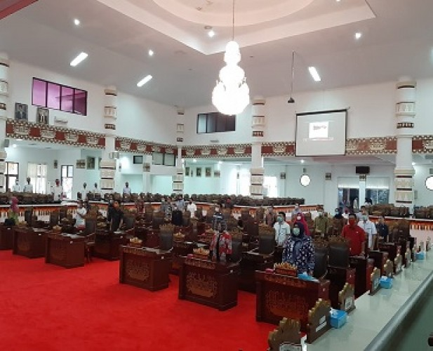 Rapat Paripuna DPRD Bandar Lampung Membahas 6 Usulan Inisiatif