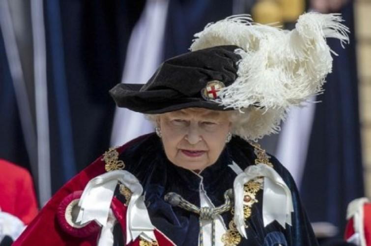 Ratu Elizabeth II Yakin Inggris Mampu Kalahkan Covid-19