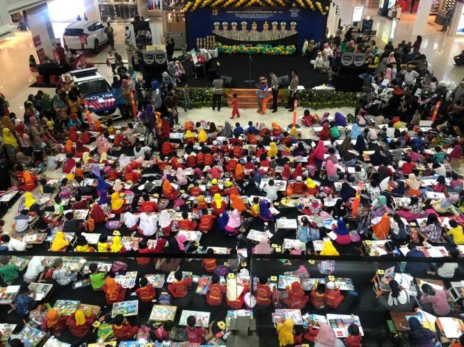 Ratusan Pelajar Meriahkan HUT Lalulintas ke 64