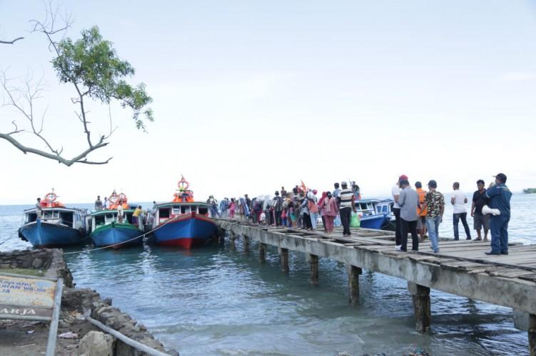 Ratusan Pengungsi Masih Bertahan di Posko