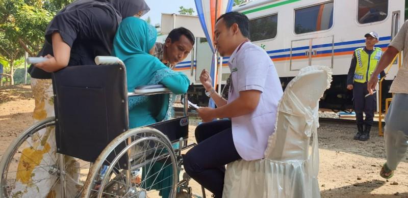 Ratusan Warga Ikuti Pengobatan Gratis di Kalibalangan