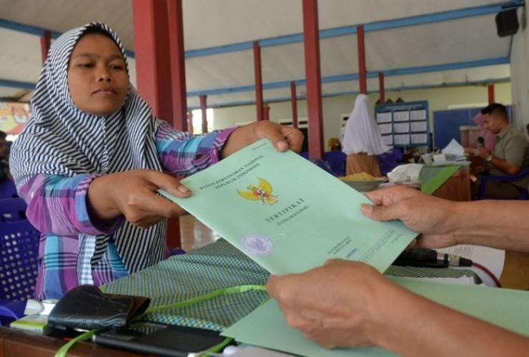 Ratusan Warga Lamteng Protes Sertifikat Tanah Program PTSL Berbayar dan Tak Jelas