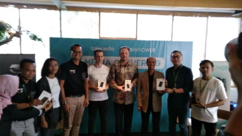 RAVPower, Powerbank  Tahan Air Tahan Banting Hadir di Indonesia