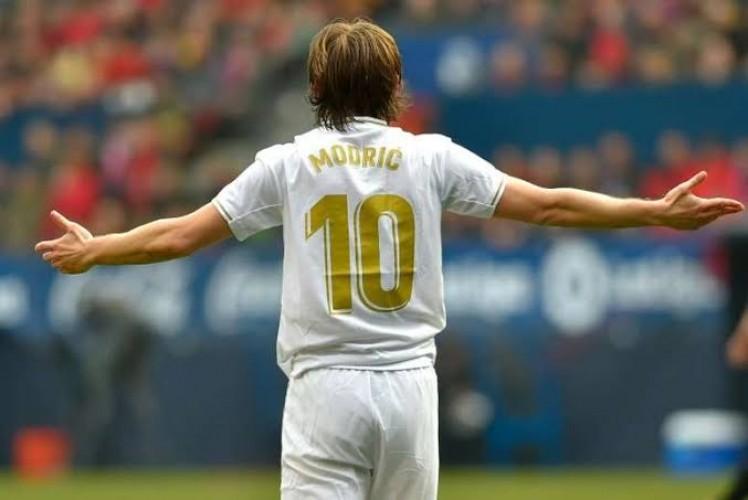 Real Madrid Perpanjang Kontrak Modric