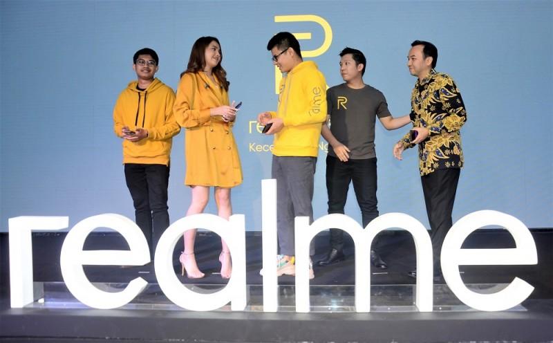 Realme 3 Pro dan Realme C2 Semaraki Pasar Smartphone