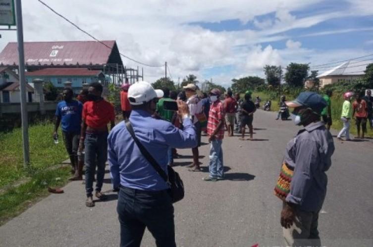 Rebutan Jabatan, Warga Kamoro Mimika Saling Serang