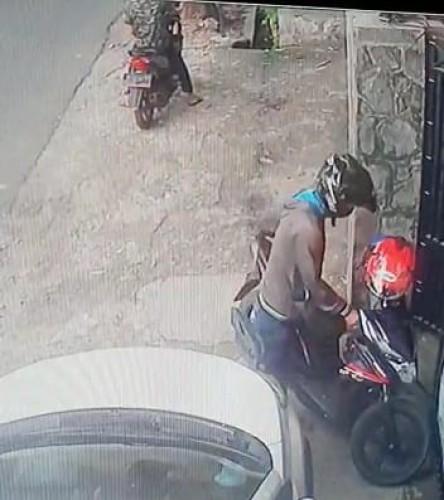Rekaman CCTV Gagalkan Pencurian Motor