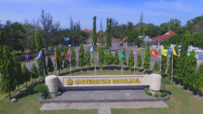 Rektor Bina Darma Bantah Gelar Magisternya Tidak Sah