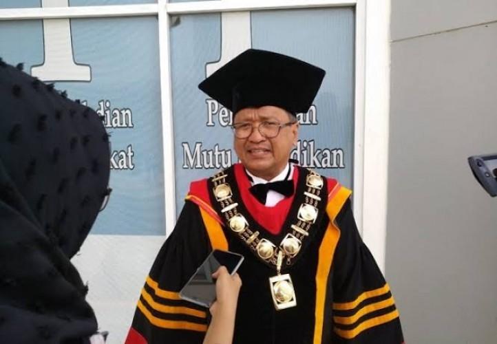 Rektor Itera Prof Ofyar Meninggal Dunia