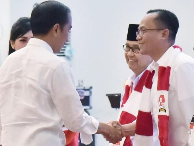 Relawan Minta Jokowi - Amin Fokus di Sektor Ekonomi dan SDM