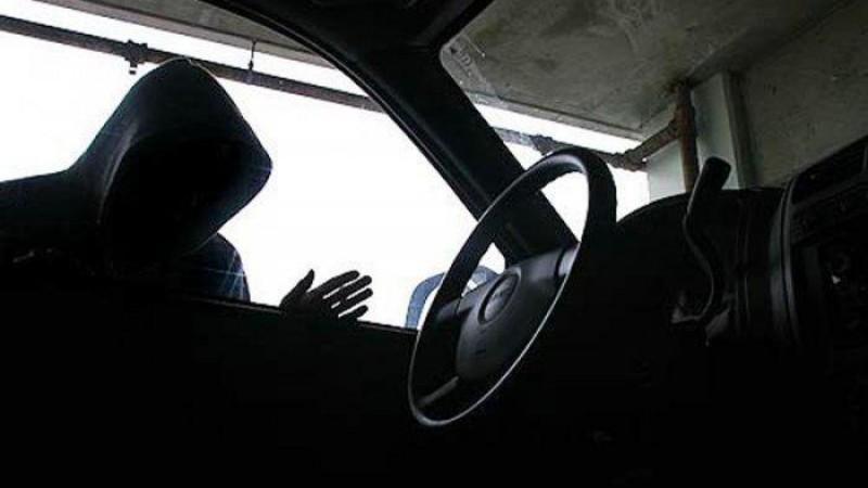 Remaja di Kotabumi Ditangkap Saat Mencuri Aki Mobil