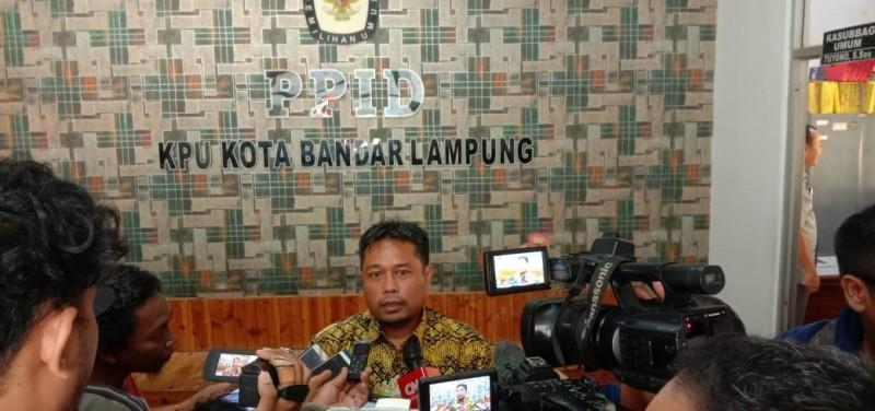 Ribuan Surat Dukungan Paslon di Pilwakot Bandar Lampung Tak Penuhi Syarat