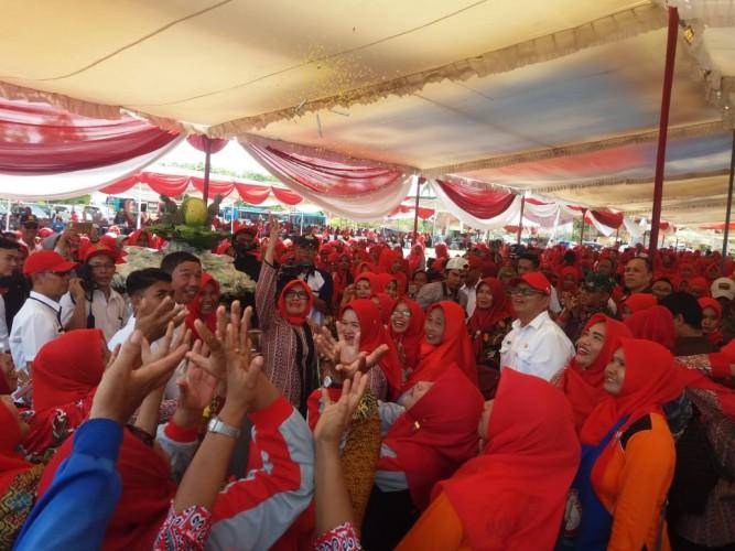 Ribuan Wanita Tani Ikuti Gebyar Olahan Pangan