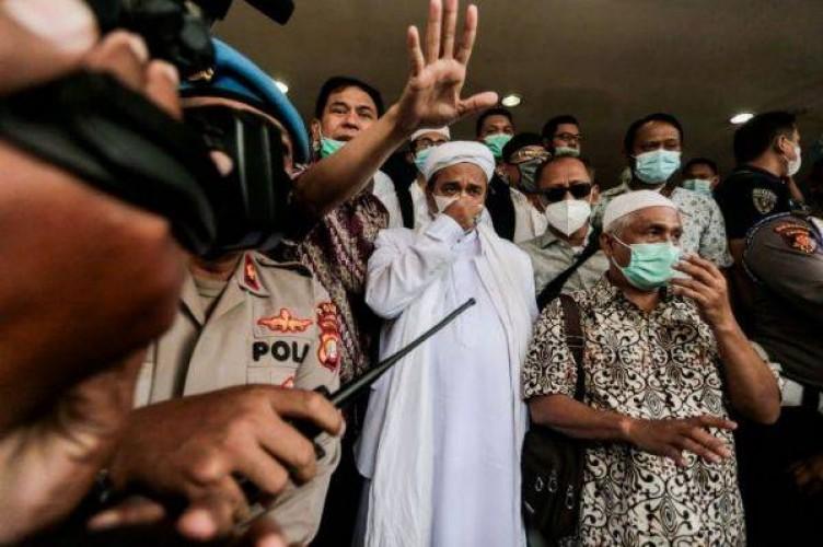 Rizieq Shihab Jadi Tersangka Kerumunan Megamendung