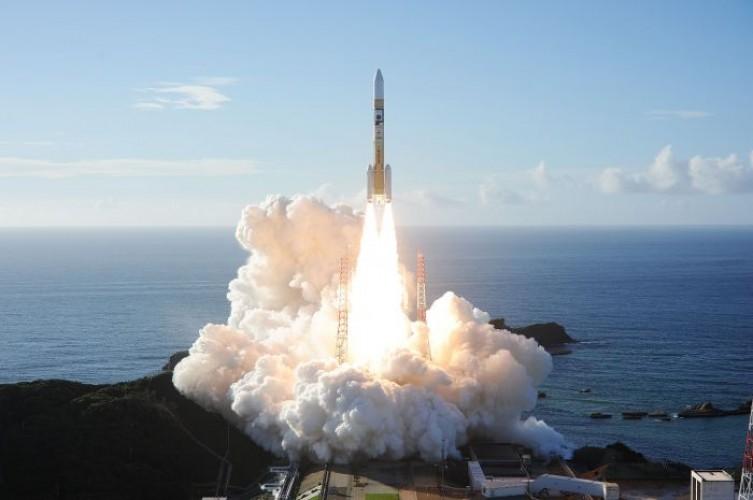 Roket UEA Menuju Mars Sukses Diluncurkan