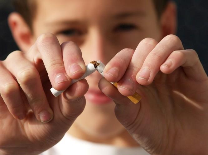 Rokok untuk Usia 100 Tahun