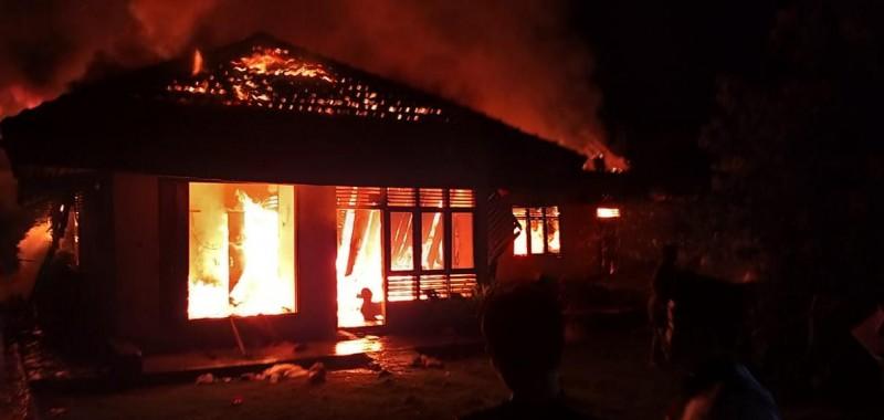 Rumah di Gunungkatun Tanjungan Ludes Terbakar