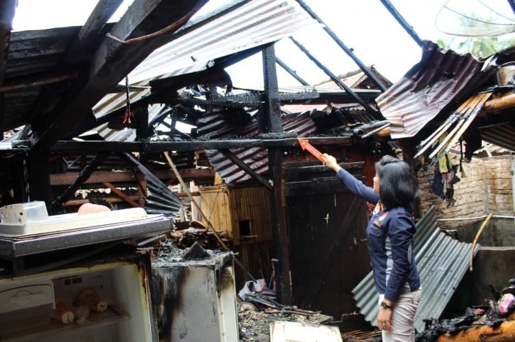 Rumah Warga di Pekon Kota Batu Hangus Terbakar