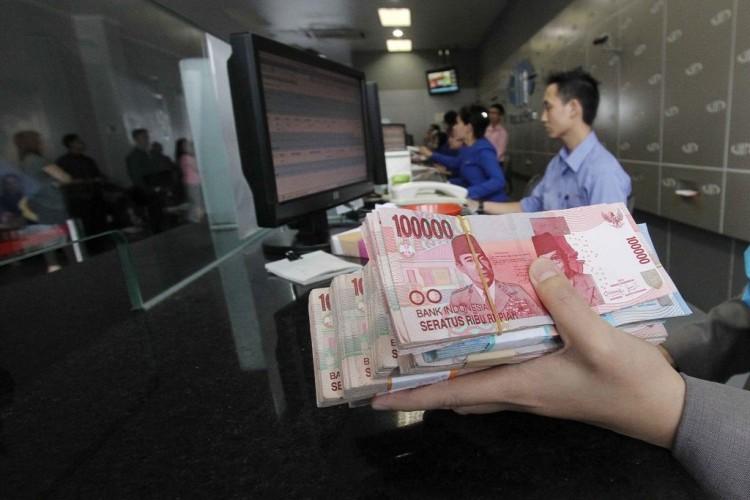 Rupiah Berpotensi Menguat ke Level Rp13.200/USD