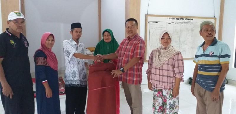 Safari Aksi Ramadan di Padang, CCAI dan Warga Bersihkan Musala