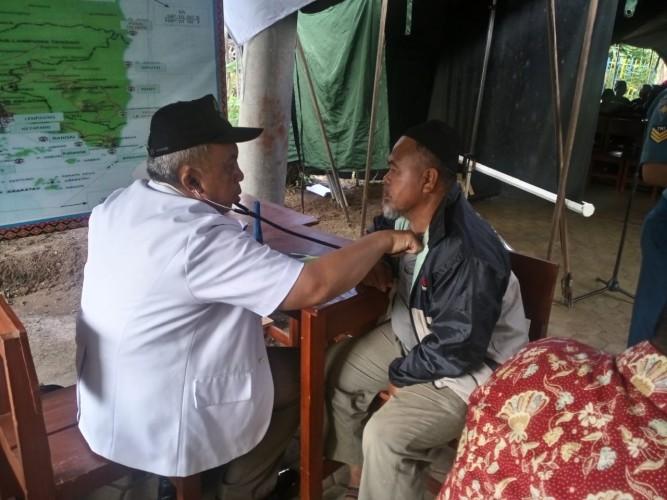 Sambut HUT Armada, Lanal Lampung Gelar Pengobatan Gratis