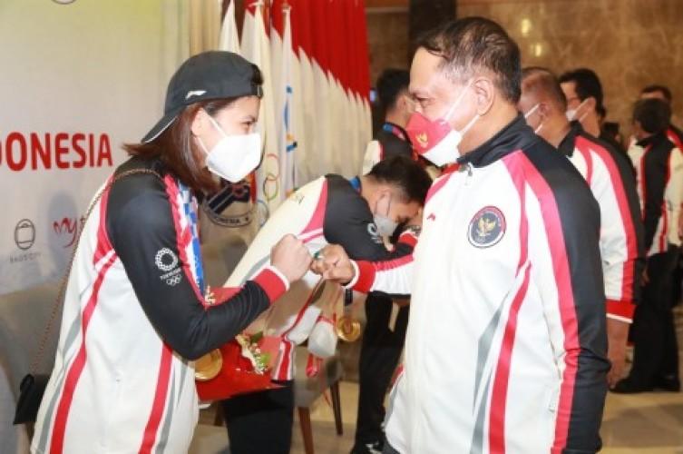 Sambutan Meriah Kepulangan Tim Atlet Indonesia dari Olimpiade Tokyo