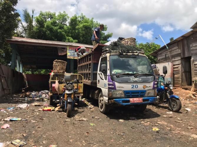Sampah Tak Tertangani, Warga Ancam Laporkan DLH ke Ombudsman