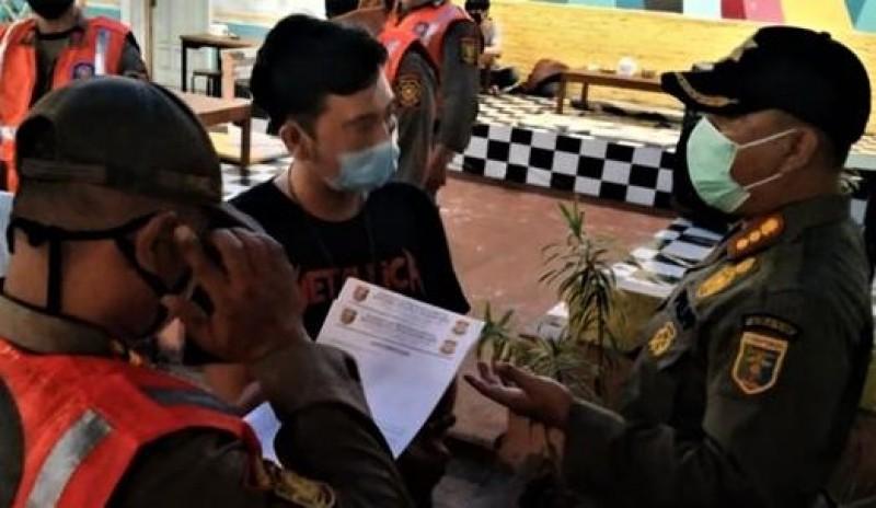 Sat Pol PP Beri Sanksi Pelanggar Protokol Kesehatan