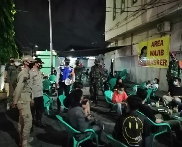 Satgas Covid-19 Bandar Lampung Rutin Patroli Protokol Kesehatan Malam Hari