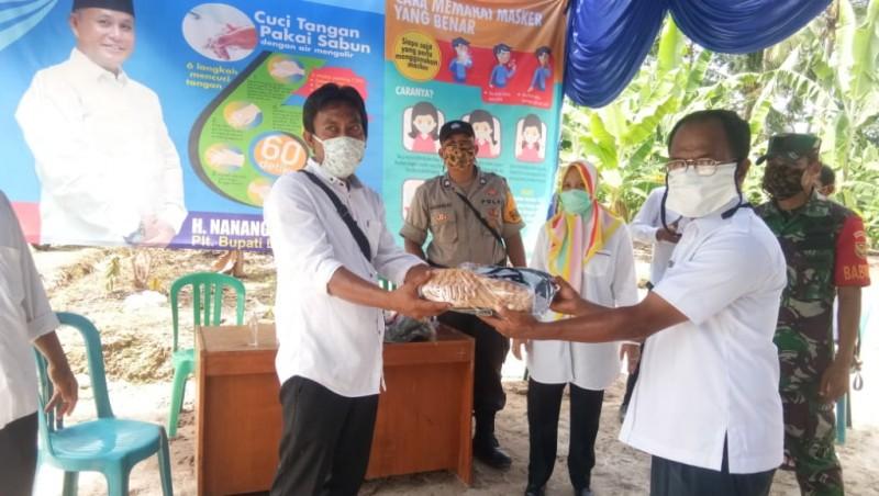 Satgas Covid-19 Desa Pematangbaru Terima Bantuan APD