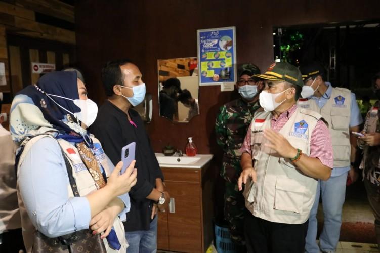 Satgas Covid-19 Tutup Tiga Kafe di Bandar Lampung