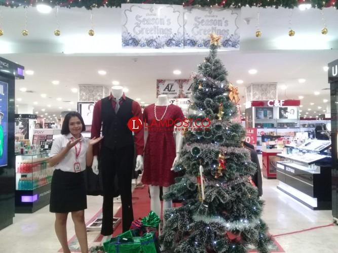 Season's Greating Chandra Semarakan Natal dan Tahun Baru