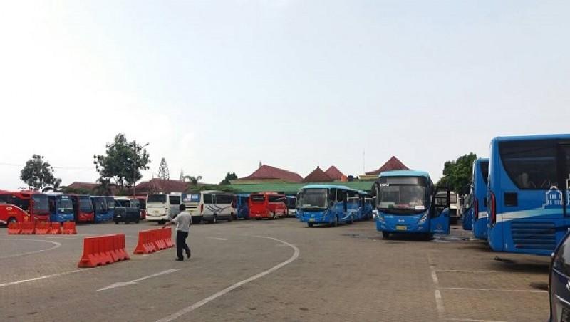 Sejumlah Pool Bus di Bandar Lampung Tidak Beroperasi