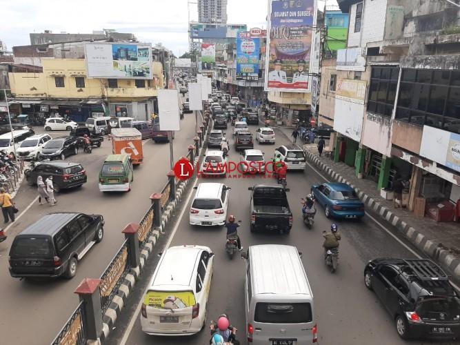 Sejumlah Ruas Jalan Bandar Lampung Terpantau Padat