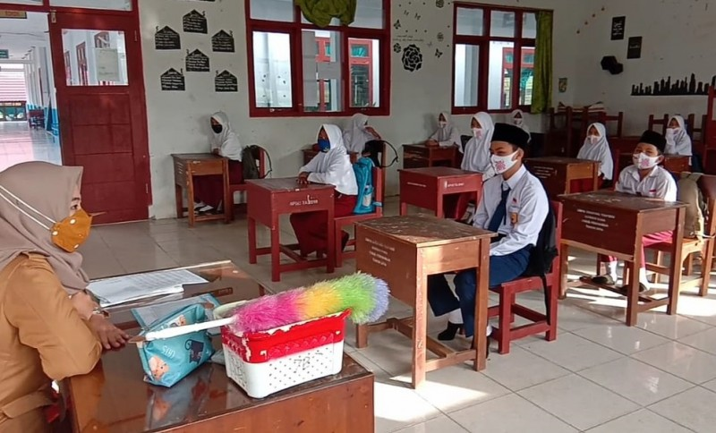 Sekolah di Lambar Siap Kembali Terapkan Belajar Daring