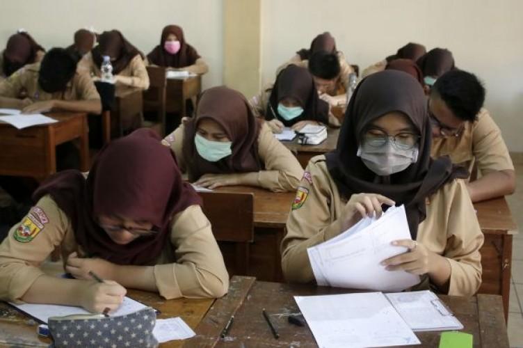 Sekolah di Lampung Waspadai Korona