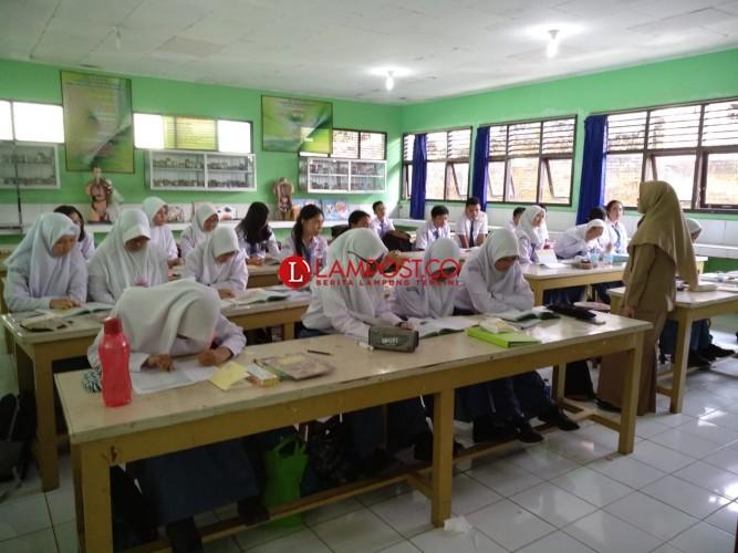 Sekolah di Zona Hijau Lampung Terapkan Belajar Tatap Muka
