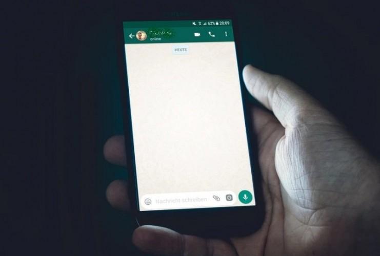 Selama Diisolasi, Pasien 03 Komunikasi dengan Perawat Lewat WhatsApp