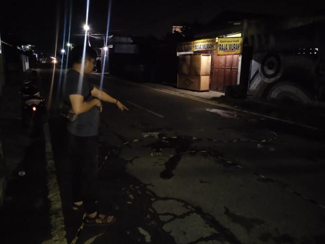 Seorang Pria Tewas Diduga Terseret Mobil dari Waylunik hingga Gedung Pakuon