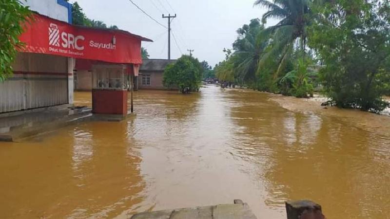 Sepasang Suami Istri yang Hilang Akibat Banjir di Ngada Masih Dicari Petugas
