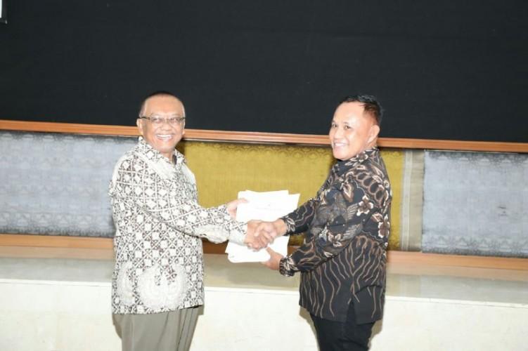 Serahkan LKPD 2018, Nanang Harap Lampung Selatan Kembali Raih WTP
