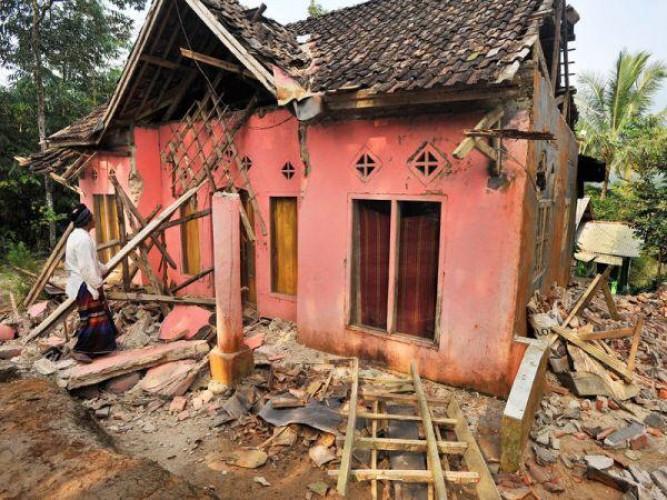 Siaga Ancaman Gempa Besar Tak Terprediksi